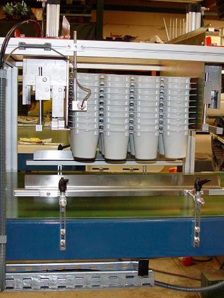 Disimpilatore-vaschette-reggio-emilia
