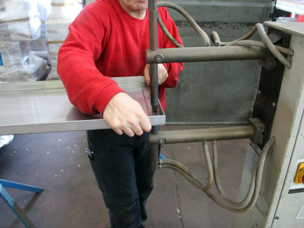 Montaggio-carpenteria-metallica-parma-reggio-emilia