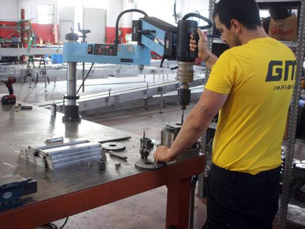 Montaggio-strutture-in-acciaio-inox-reggio-emilia